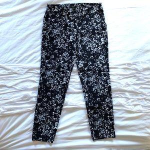 Ann Taylor Black Floral Printed Cropped Pants